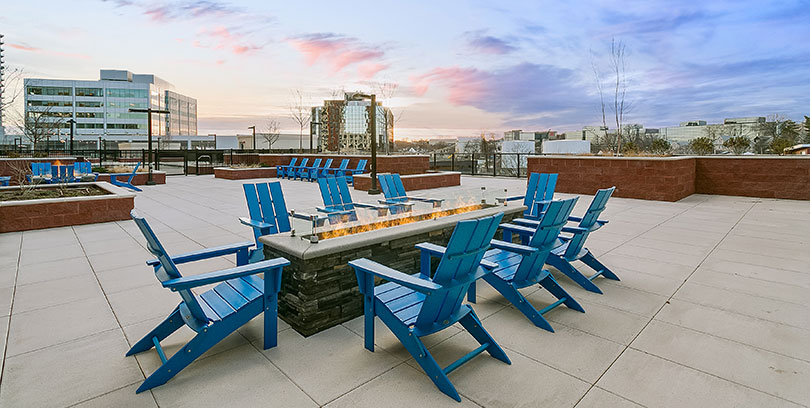 nv harbor point fire pit outdoor lounge stamford apartments