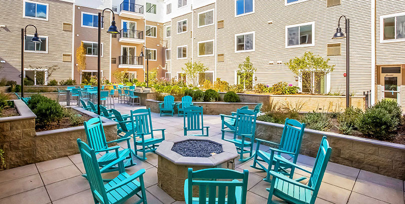 one glover blt live work play outdoor amenities norwalk apartments